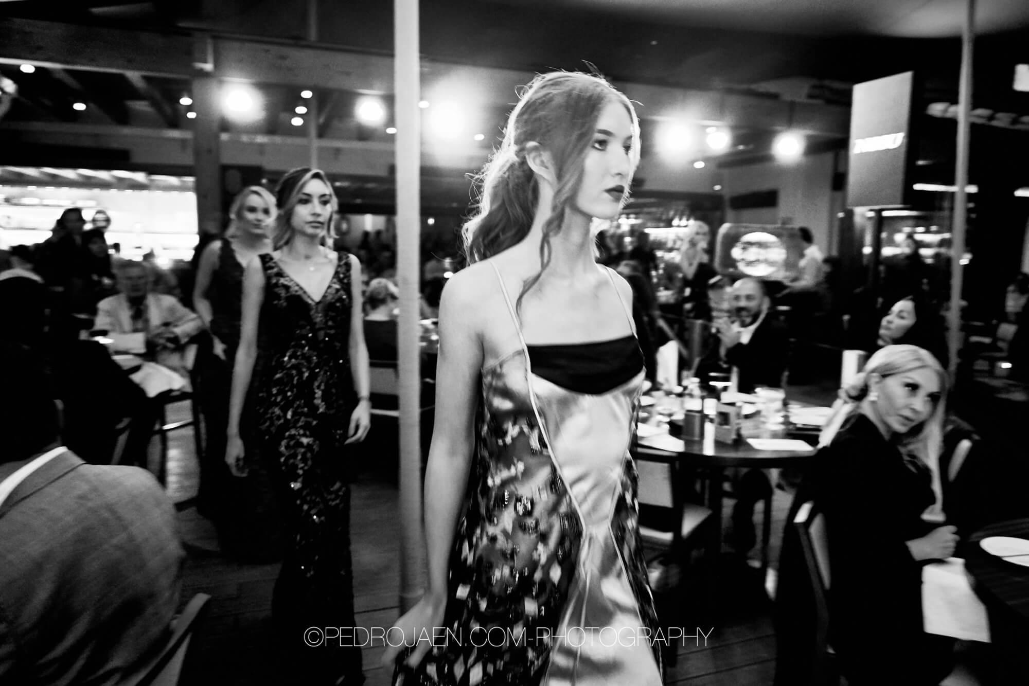 modell på nobu charity event