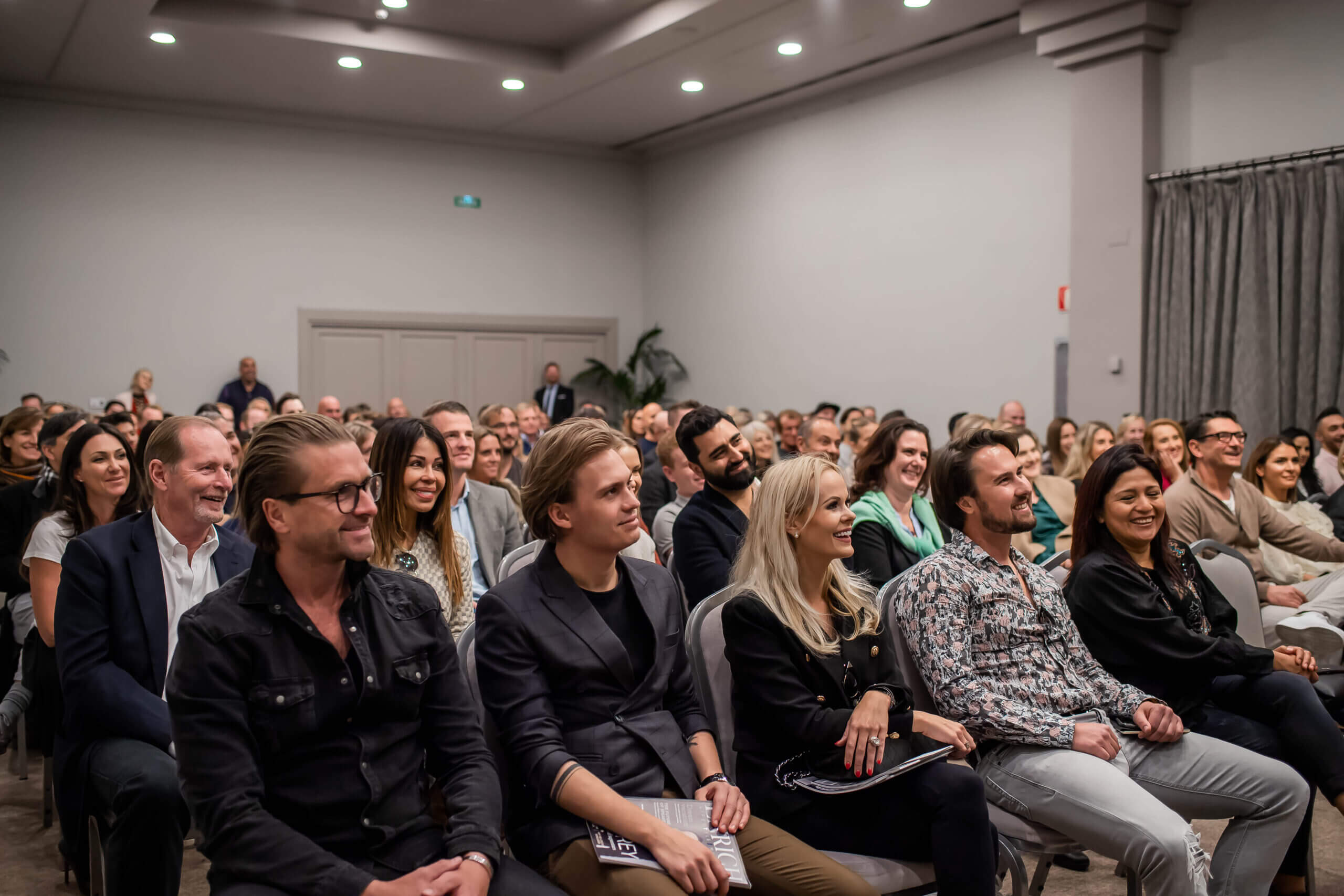 Image of the audience at the tim storey seminar in marbella